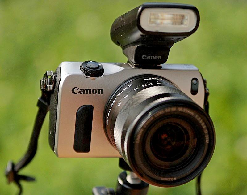 """Unsere neue """"Kompaktkamera"""", die Canon EOS M"""