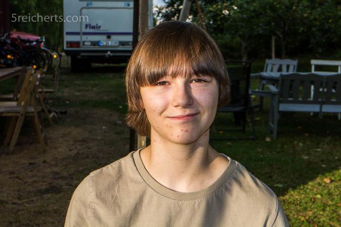 Amy vor dem Haarschnitt