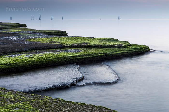Naturschutzgebiet Neptuni akeri und die Segelboote