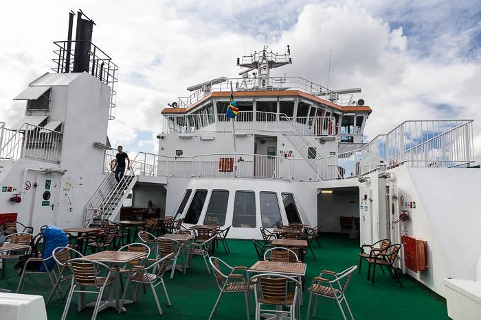eine der größeren Fähren