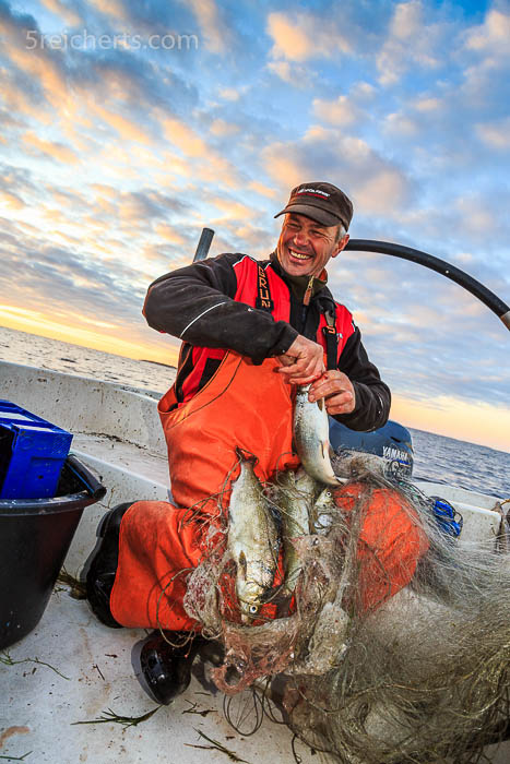 Ein glücklicher Fischer