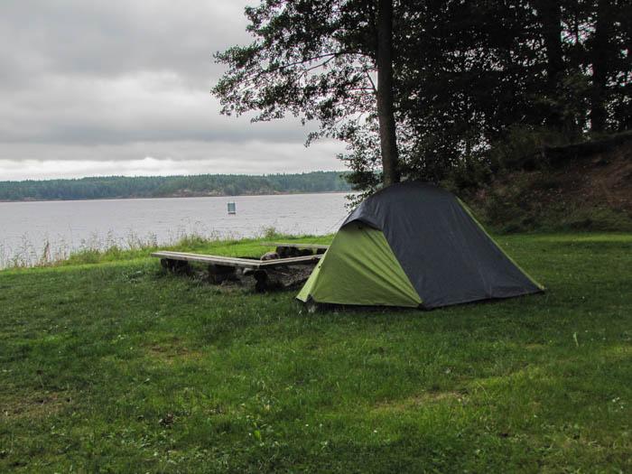 Dort sind wir aufgewacht, direkt am Vätternsee