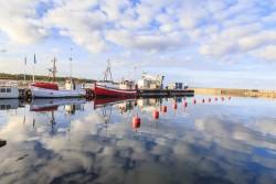 Fischerboote im Hafen von Byxelkrok