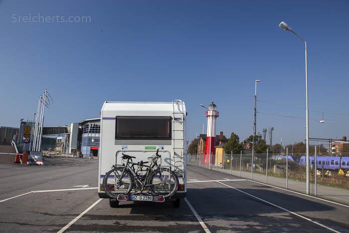 Unser Wohnmobil im Hafen von Ystad