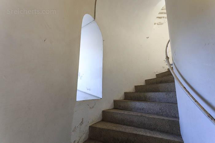 Das Treppenhaus des Leuchtturm Hammer Fyr