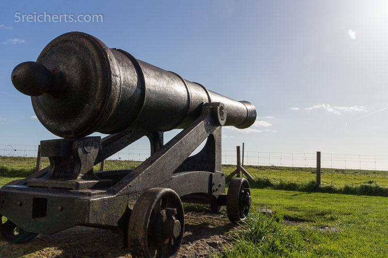 Die Kanone vom Langen Jan auf Öland. ISO 200, 1/400 s. Blende 11.