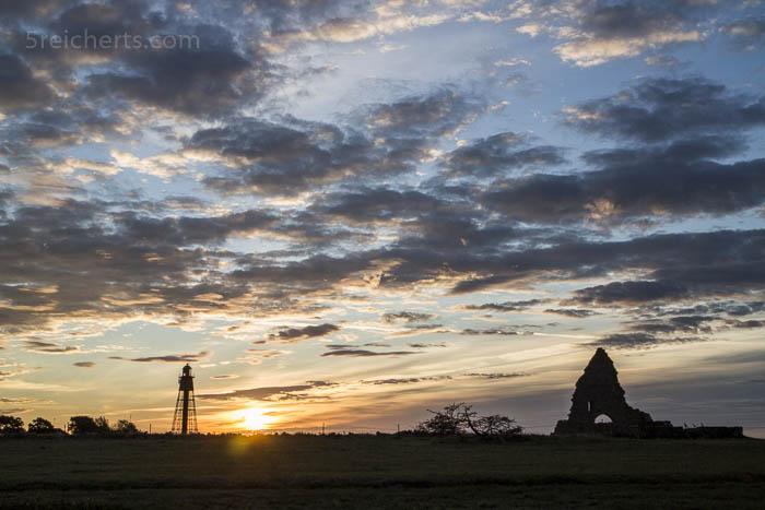 Leuchtturm und Klosterruine