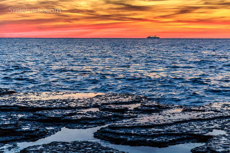 Nach dem Sonnenuntergang. Neptuns Acker in Nord-Öland. ISO 800, 1/13 s. Blende 5.6 mit Kleinstativ Gorillapod
