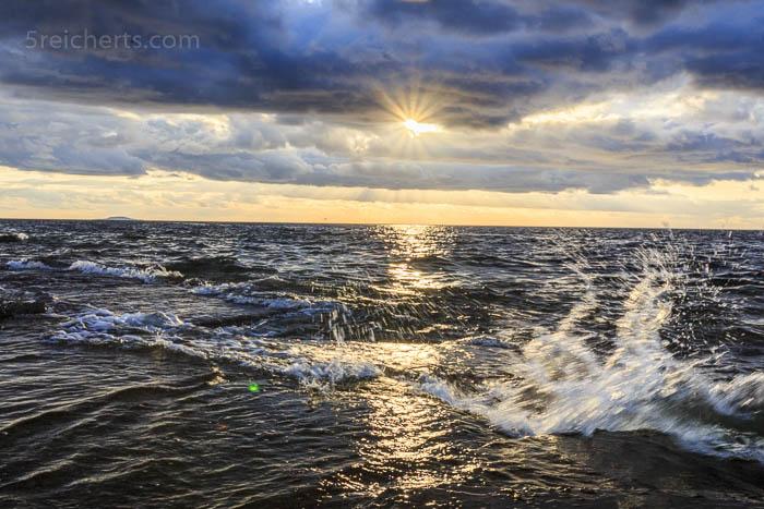 Wellenspritzer am Neptuni Strand, Öland