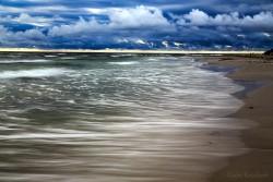 Snogebæk - Regenwetter und Wellen