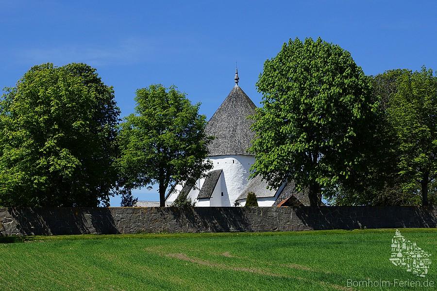 Wahrzeichen Bornholms: Rundkirche von Østerlars