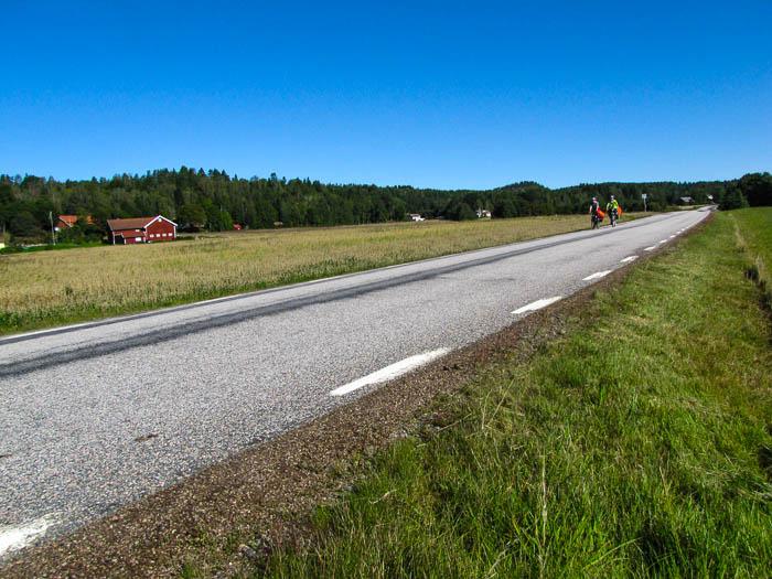 Blauer Himmel, glatte Straßen, Paradies!