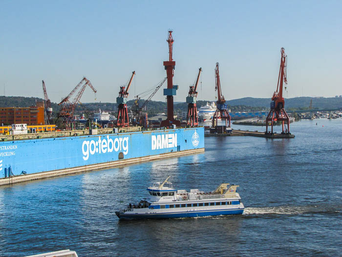 Auf der anderen Seite des Hafens sieht Göteborg anders aus...