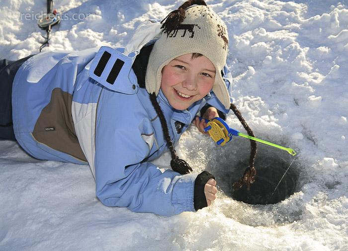 Ein Freund von uns brachte mir in Nordnorwegen das Eisangeln bei.