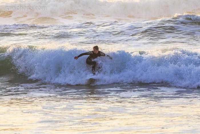 Ein Surfer versucht sein Glück, Belle Ile
