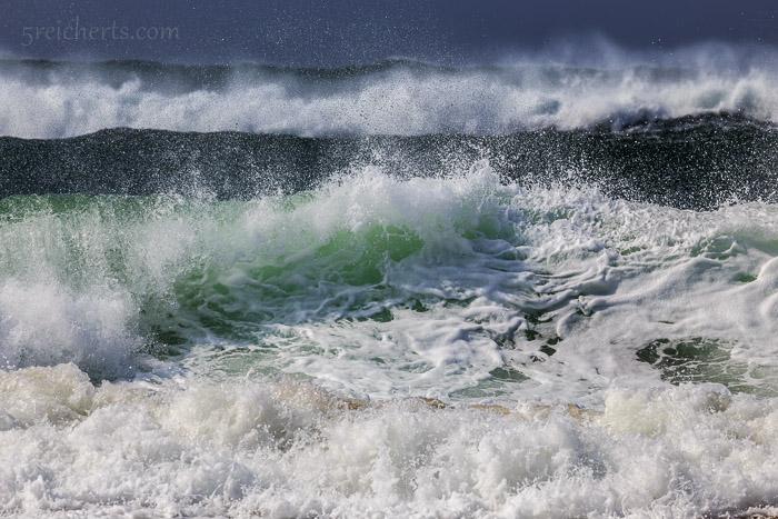 Die Flut kommt mit  wunderschönen Wellen