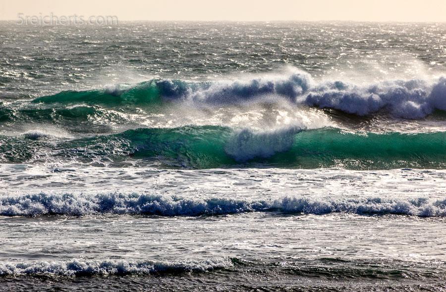 Wellen beim Ar Gueveur, Île de Sein