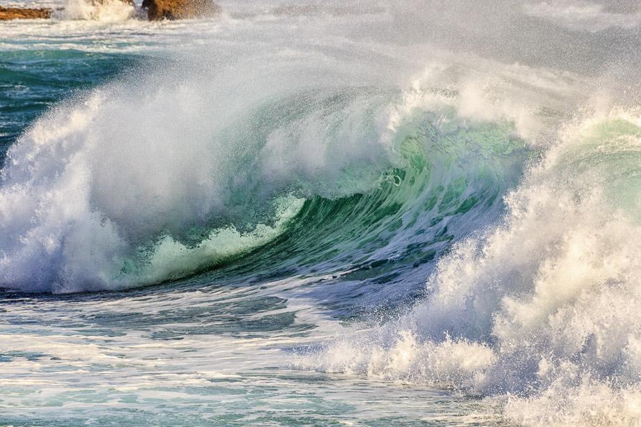 Vom Ar Gueveur aus hat man einen wunderbaren Blick in die Wellen