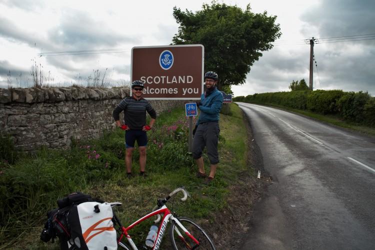 Joey und Chris, zwei andere Radler, mit denen ich drei Tage lang zusammen nach Edinburgh furh