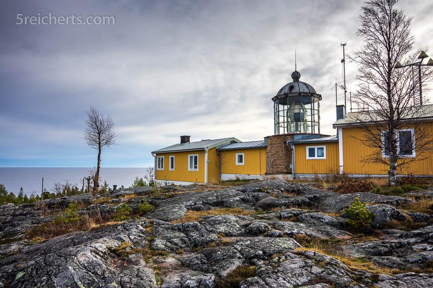 Bjuröklubb Fyr, Schweden