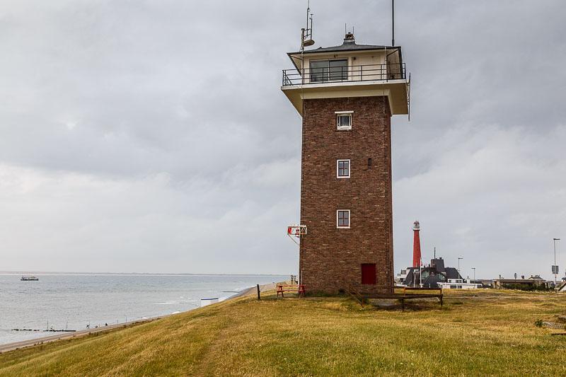 Zwei Leuchttürme im Norden von Holland