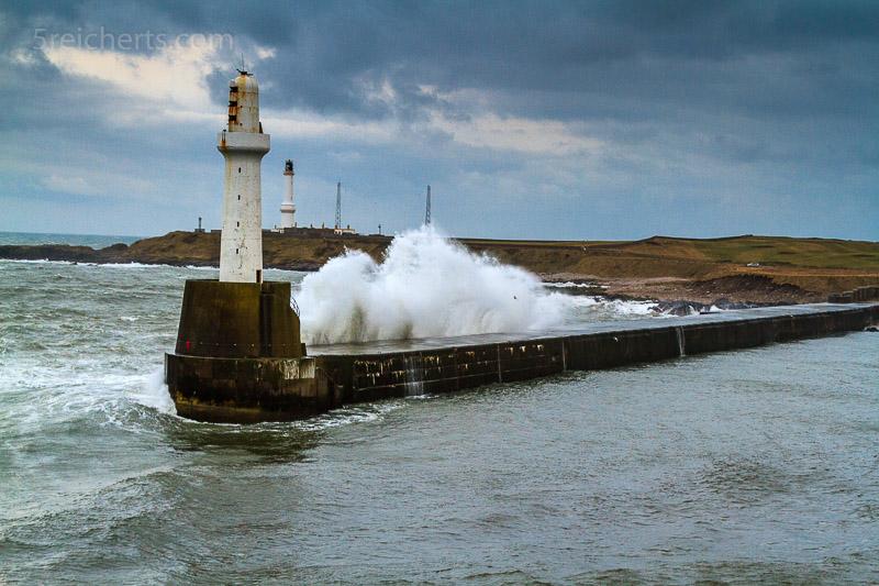 Hafenausfahrt Aberdeen Hafen, Schottland
