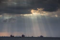Regenwolken über dem Hafen von Kingston upon Hull
