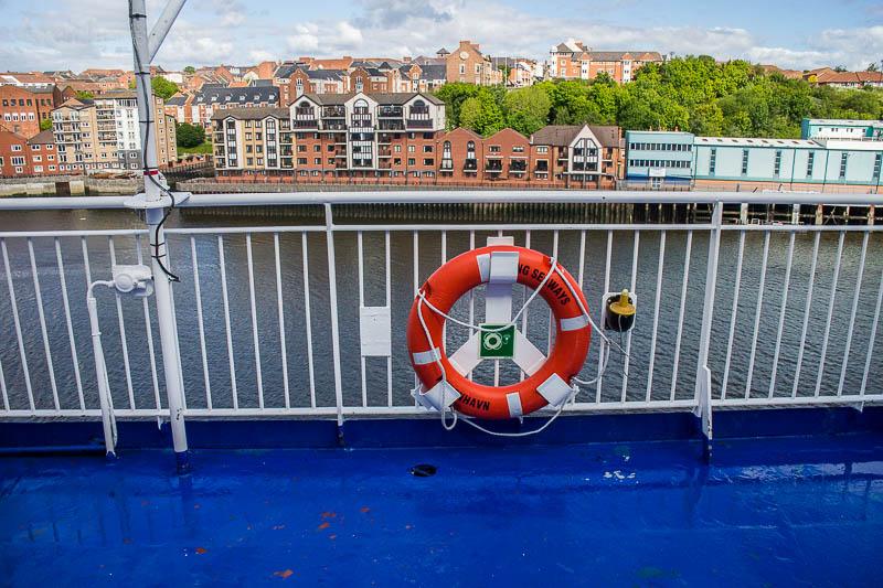 Hafeneinfahrt in newcastle am nächsten Morgen.