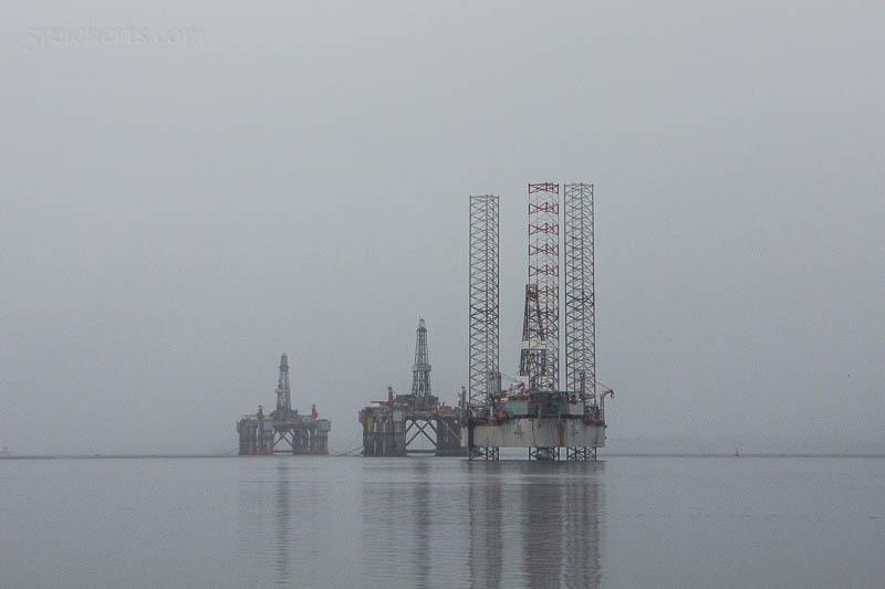 Ölbohrinseln vor der Black Isle