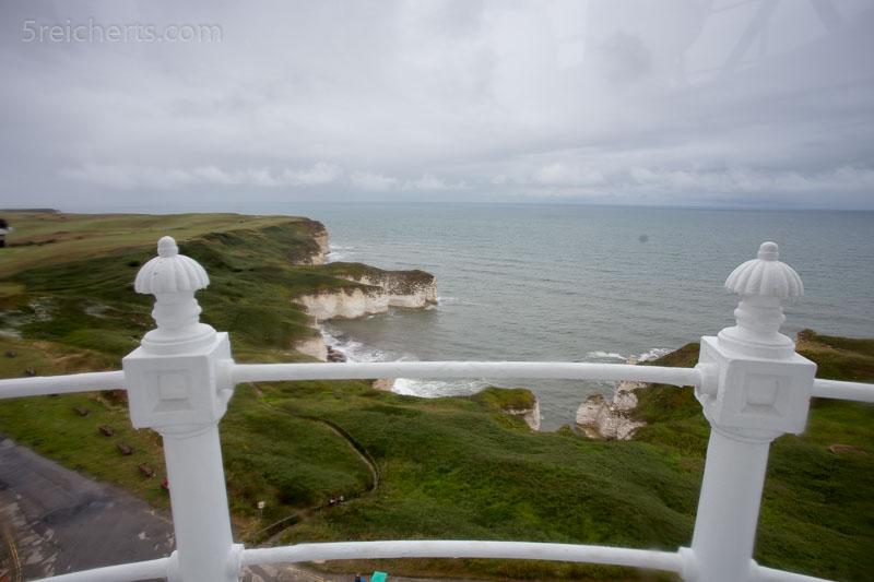 Blick aus dem Leuchtturm auf die Küste