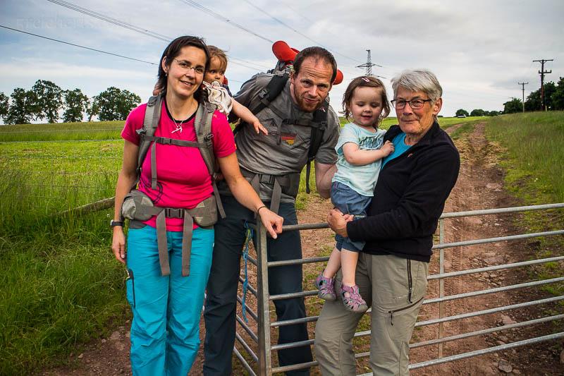 Val (rechts) bekam außer mir noch mehr Besuch aus Deutschland, das Haus war schön voll