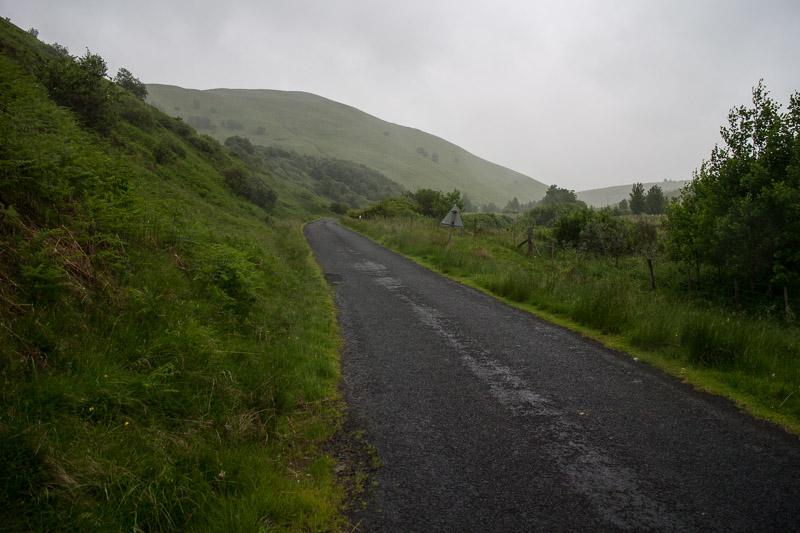 Das Wetter was sehr wechselhaft, wie immer. Immerhin macht der Regen die Landschaft schön satt und grün