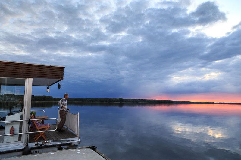 ein kleineres Hausboot - mehr Abenteuer?