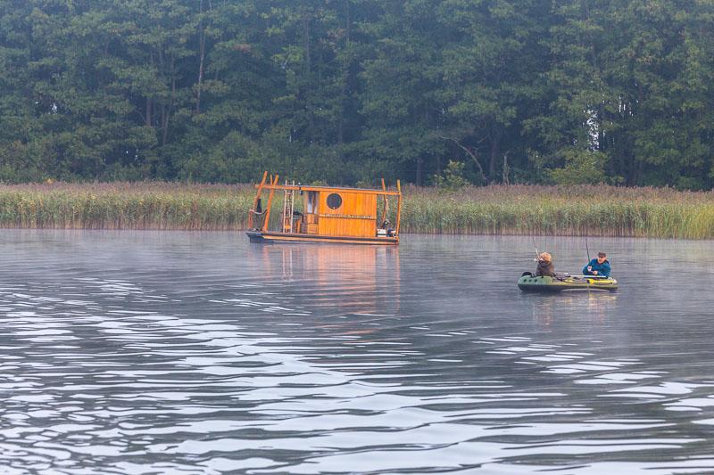 ein klitzekleines Hausboot - mehr Abenteuer?