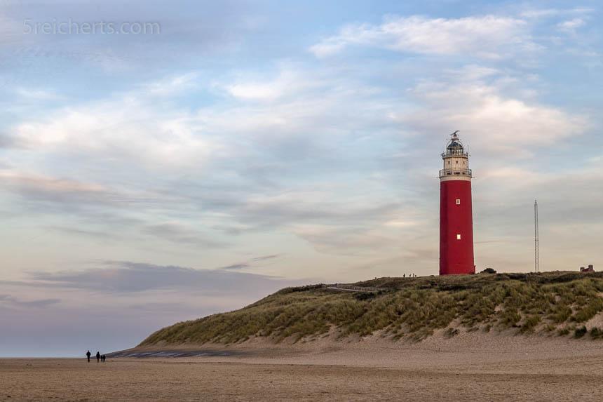 Der Leuchtturm von Texel aus der Ferne