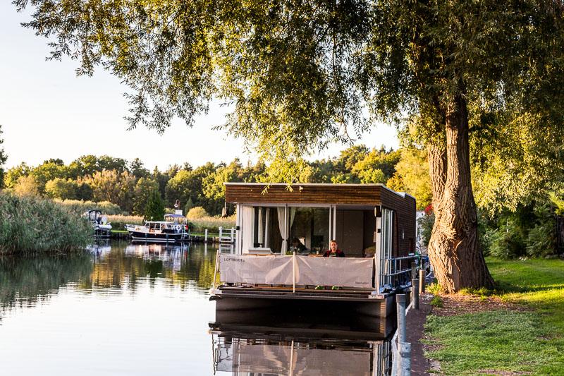 Mit dem Hausboot auf der Havel
