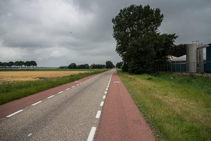 Es ist zwar sehr angenehm, dort Rad zu fahren, aber sooo langweilig!