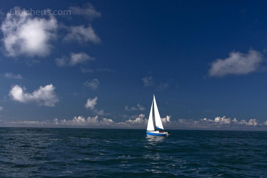Segelboot an einem Sonnentag, Brigongan