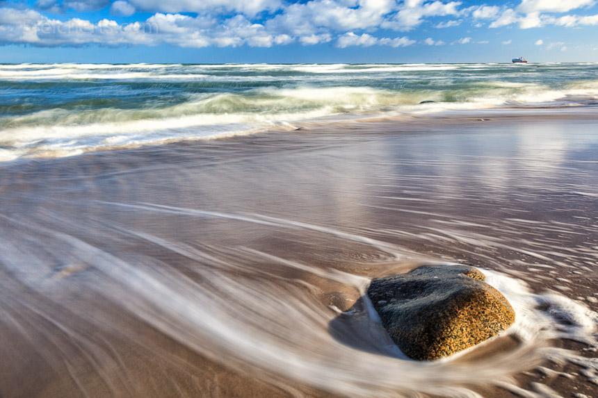 Strand unterhalb des Leuchtturms, Hirtshals, Dänemark