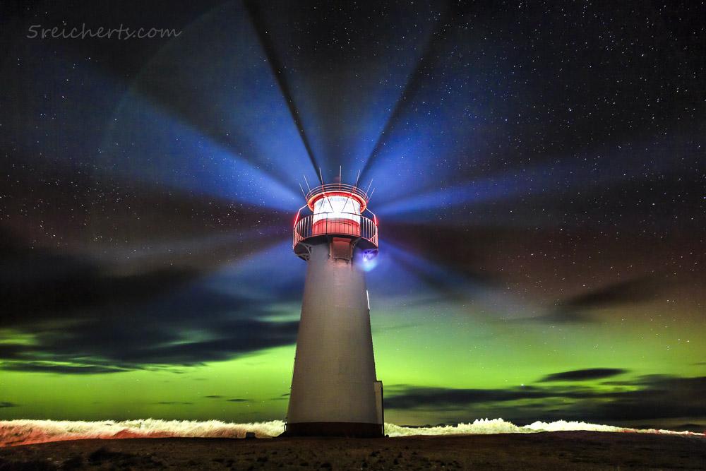 Nordlicht am Leuchtturm List West, Sylt, Deutschland