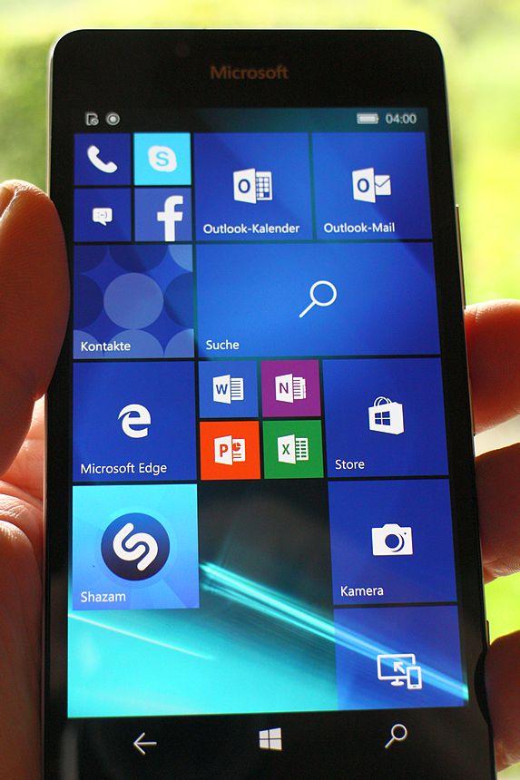 Startbildschirm mit Windows 10