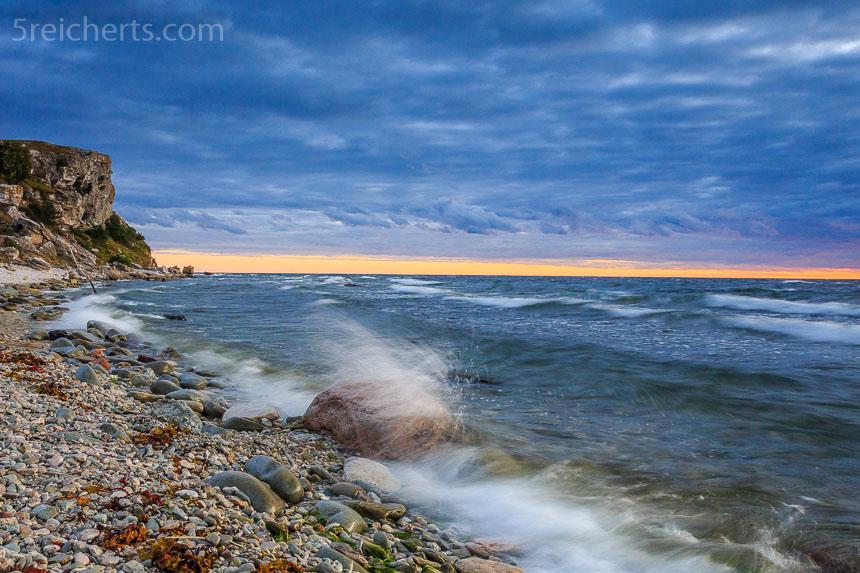 Wellen, Felsen und schließlich Wolken