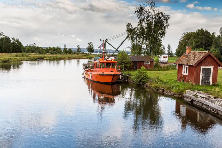 Wir suchen einen Leuchtturm am Göta Kanal