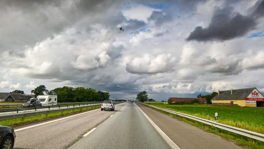 Auf der schwedischen Autobahn geht es recht gemächlich zu