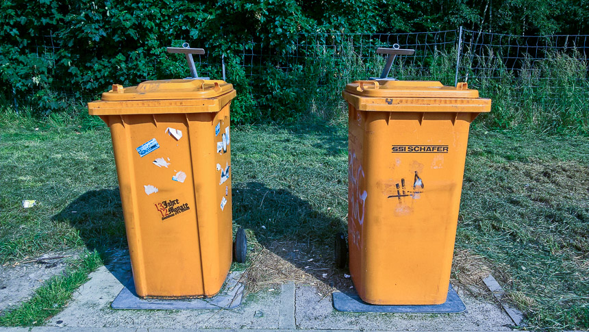 Mülltonnen gab es reichlich, aber wohin mit den Kippen?