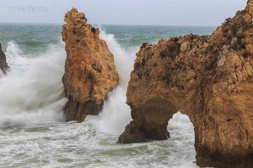 Wellen am Ponte de Piedate