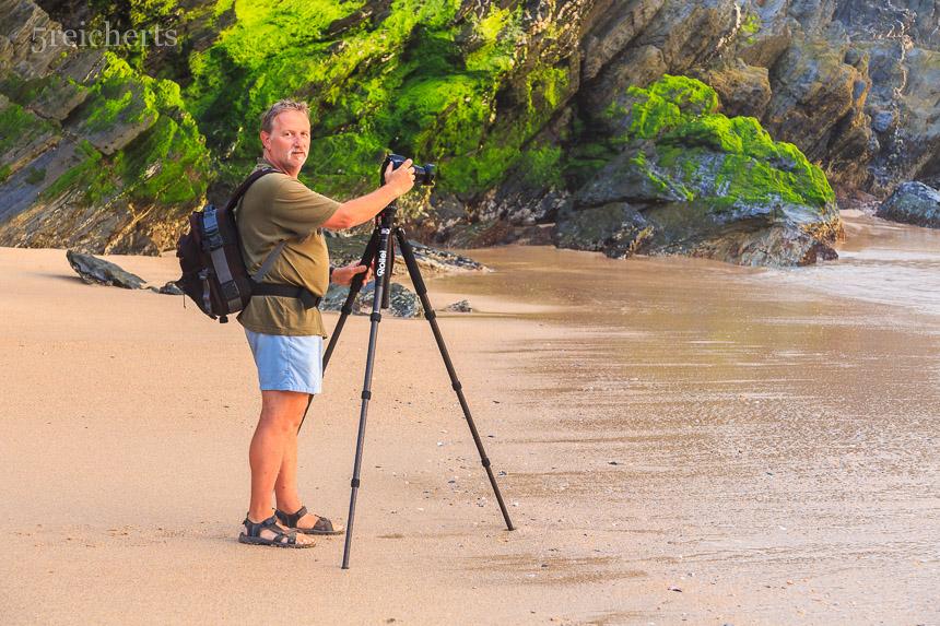 Gunter mit dem neuen Rollei Stativ am Strand