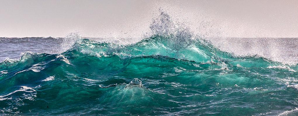 Welle in der Bretagne