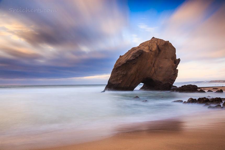 Der schiefe Fels von Santa Cruz