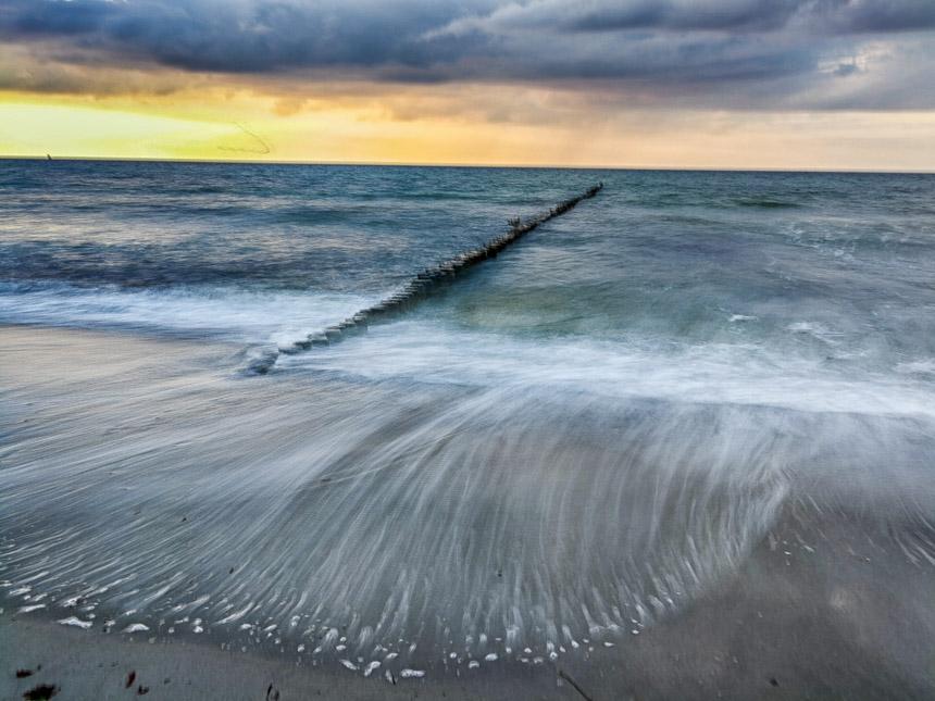 Langzeitaufnahme am Meer